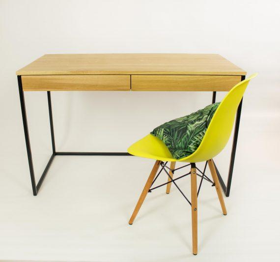 biurko w szufladami w stylu industrialnym