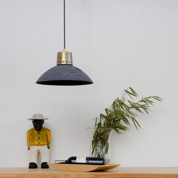 lampa z betonu korta