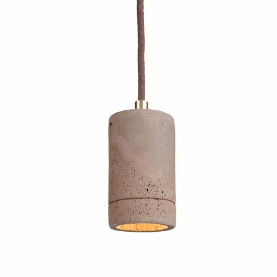 lampa z betonu nad blat