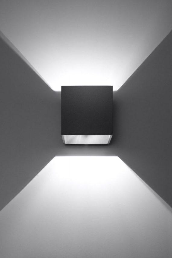 Kwadratowy kinkiet Quad kolor czarny