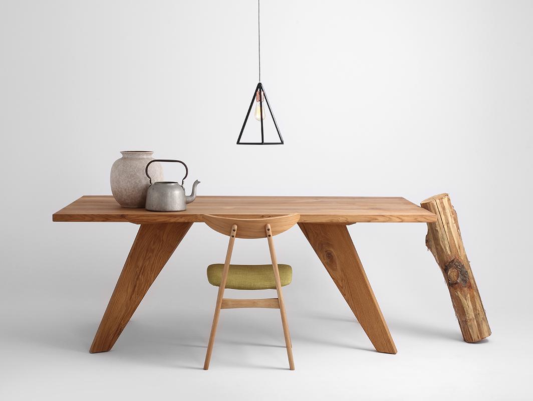 Drewniany stół do jadalni Alano